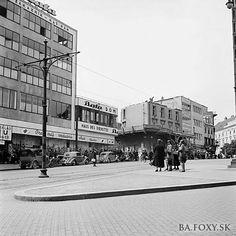 Bratislava, Php, Old Photos, Louvre, Street View, Retro, Building, Travel, Antique Photos