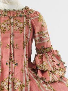 Back detail of c. 1775 Robe a'la Francaise with compere stomacher.