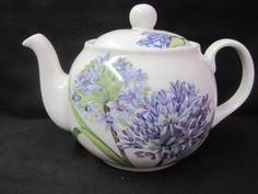 AGAPANTHUS from Roy Kirkham. made in England 6 CUP TEA POT.Fine Bone China  #RoyKirkham #agapanthus #teapot