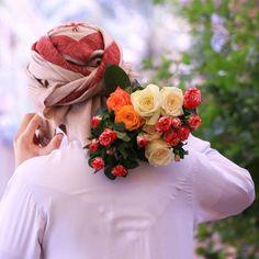 Muslim Pictures, Muslim Images, Boy Photos, Guy Pictures, Arabi Men, Cute Girl Poses, Cute Girls, Arab Men Fashion, Girls Dp For Whatsapp