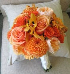 Peach and orange bridal bouquet