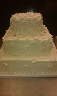 This Wedding Cake Features Beautiful Tiny Flowers Click The Picture For More Inspiration From Ripon Pick N Save