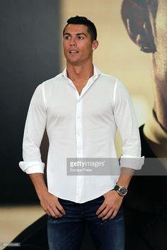 News Photo : Cristiano Ronaldo presents his fragance...