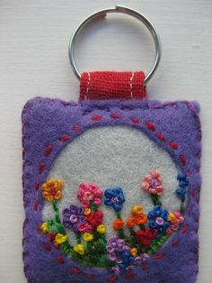 Embroidered Felt Keyring by sewumm. Felt Diy, Felt Crafts, Fabric Crafts, Embroidery Fabric, Embroidery Patterns, Felt Keychain, Felt Flowers, Tiny Flowers, Pretty Flowers