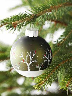 20 Ways to Dress Up Plain Christmas Ornaments
