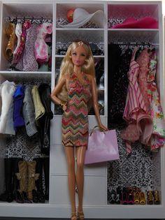 Barbie wardrobe | Barbie Collector