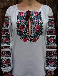 8da44d79fa8123 63 кращих зображення дошки «Жіночі вишиванки. Вишиті сорочки, сукні ...