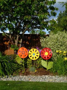 All you need to make some fun, inexpensive yard art are some roadside hubcaps, spray paint and little creativity. Steps:1. Clean off hubcaps with soap and wat…