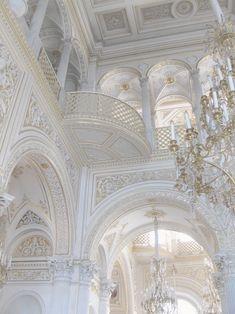 #light #palace #rococo #white