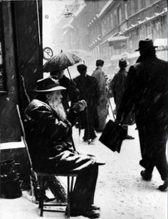 ... about vintage on Pinterest 1920s, Sabine Weiss and Mobile Library