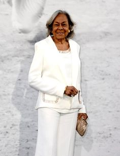 """Mrs. Jackie Robinson, 90 looking beautiful and regal at the premiere of """"42"""""""