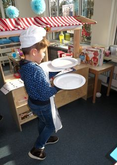 Get your waiter diploma: order cards waiter (training) for toddlers, theme restaurant . Pizza Hut Menu, Pizza Party, Restaurant Themes, Pizza Restaurant, Chez Jules, Kids Food Crafts, Container Restaurant, Party Themes For Boys, Nutrition