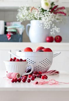 Red&white, apple, Ib Laursen