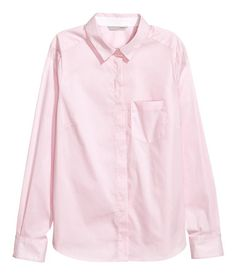 Pink. Fitted, long-sleeved shirt in woven stretch cotton fabric with a collar. Concealed buttons at front, chest pocket, and cuffs with buttons. Gently