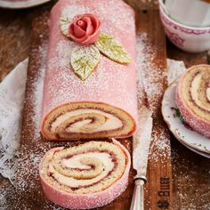 💙🍴 Best of Nordic Food 🍴💙 ✨✨✨ Page founded to feature The Best Nordic Food Images & Recipes ✨✨✨ 📷 Featuring today Swedish Princess Cake… Viria, Halloumi, Cupcakes, Piece Of Cakes, Cookies And Cream, Afternoon Tea, Parfait, Oreo, Nom Nom