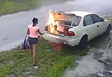 Aus Wut wollte sie das Auto ihres Freundes anzünden - doch sie machte einen…
