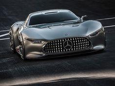 AMG最強!待ちに待ったハイパーカーがついに!1000馬力のハイパーカー、新型メルセデスAMGが製造・発売されることは、2.3ヶ月前ほどから囁かれていました。 そしてついに、メルセデスのCEOであるディーター・ツェッチェは、今年9月に開催されるフランクフルトオートショーで新型モデルがお披露目されることを発表しました。 AMGブランドの50周年を記念して製造されるハイパーカー。 新型ブランドは、AMGとF1モデルを融合させたオリジナルなモデルになると噂されています。新型AMGは1.6リッターエンジンで1000馬力を生み出す!「新型メルセデスAMGは、300台限定の製造販売が予定されています。F1エンジンを搭載した初めての公道車であり、無限のスポーツカーでもあります。」…