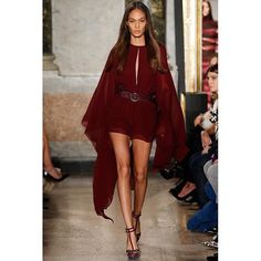 """vogue-is-viral: """"fashion—victime: """"Joan Smalls for Emilio Pucci Fall/Winter 2015 """" """" Look Fashion, Runway Fashion, High Fashion, Fashion Show, Autumn Fashion, Womens Fashion, Fashion Design, Milan Fashion, Daily Fashion"""