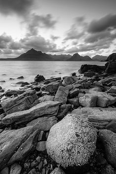 Black Elgol - Elgol, Isle of Skye, United Kingdom by Bart Heirweg