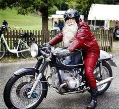 Papa Noel Cafe Racer #motorcycles #motos | caferacerpasion.com