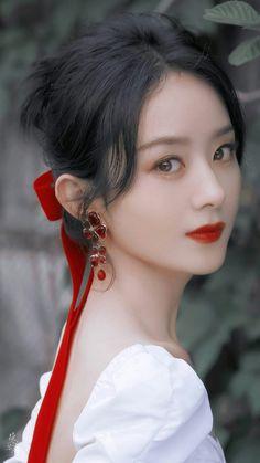 Beautiful Chinese Women, Hong Kong Movie, Princess Agents, Zhao Li Ying, Alien Girl, White Cherry Blossom, Celebrity Stars, Stylish Dresses For Girls, Chinese Actress