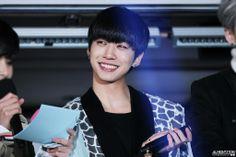 [FANTAKEN] 140312 Yongguk @ Kiss The Radio Open Concert (cr: Almight3Toki) *Do Not Edit*