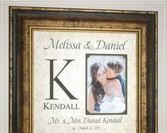 Personalized Wedding Monogram Gift for the Couple Thank You Gift For Parents, Wedding Gifts For Parents, Wedding Thank You Gifts, Bride Gifts, Gifts For Mom, Anniversary Party Decorations, 50th Anniversary Gifts, Photo Frame Design, Wedding Trends
