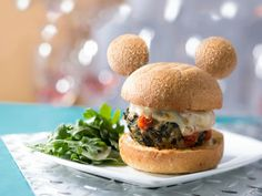 Disney-Parks-Announces-They-Will-Serve-Only-Mickey-Shaped-Food-mickey-veggie-burger