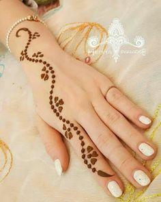 Mehndi Design Offline is an app which will give you more than 300 mehndi designs. - Mehndi Designs and Styles - Henna Designs Hand All Mehndi Design, Simple Arabic Mehndi Designs, Finger Henna Designs, Mehndi Designs For Beginners, Mehndi Design Photos, Mehndi Simple, Mehndi Designs For Fingers, Simple Mehndi Designs, Mehndi Designs For Hands