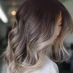 Are you going to balayage hair for the first time and know nothing about this technique? We've gathered everything you need to know about balayage, check! Brown Ombre Hair, Brown Blonde Hair, Ombre Hair Color, Hair Color Balayage, Dark Hair, Fall Balayage, Beige Hair, Beige Blonde Balayage, Dark Brown Hair With Highlights Balayage