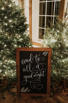 This Christmas-Inspired Wedding at Holly Hedge Estate Will Get You in the Holiday Spirit Christmas Wedding Decorations, Christmas Themes, Holiday Wedding Ideas, Christmas Wedding Flowers, Christmas Wedding Invitations, Holiday Decor, Wedding Signs, Our Wedding, Dream Wedding