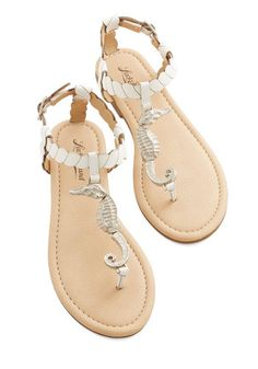 4e3ca021effcb6 Once you introduce your tootsies to these endearing sea creature sandals