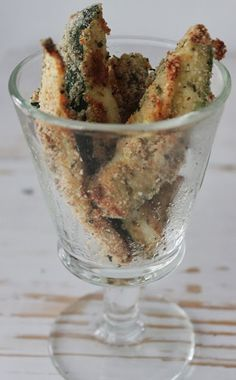 Simply Weight Watchers Recipes: Zucchini Fries-1 P+ for 8 fries!!