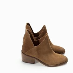 ZARA - COLLECTION AW14 - FLAT HIDE ANKLE BOOT