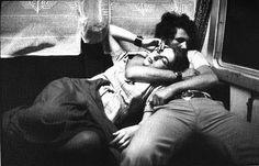 Pentru cine nu stia - Cartier Bresson a pozat si pe la noi! (Cartier Bresson - lovers in Romania )
