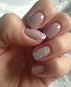 Summer Nails Gel Nail Art Designs & Ideas 2017 Are you looking for lovely gel nail art designs that are excellent for this summer? See our collection full of cute summer nails art ideas and get inspired! Frensh Nails, Nude Nails, Hair And Nails, Chic Nails, White Shellac Nails, Nail Polishes, Nail Colours Shellac, Nude Sparkly Nails, Short Nails Shellac