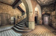 12 Lonely, Stunning Staircases Found in Abandoned Mansions - Abandonment Issues - Curbed National