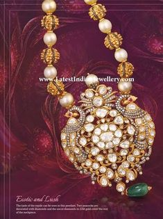 Extraordinary Gold Jewellery with Polkis from India Pearl Necklace Designs, Pearl Jewelry, Gold Jewelry, Fine Jewelry, Antique Necklace, Diamond Jewelry, Beaded Jewelry, Indian Wedding Jewelry, Indian Jewelry