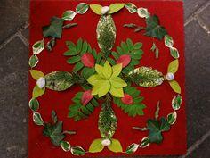 Mandala met natuurlijke materialen Nature Activities, Kids Learning Activities, School Art Projects, Art School, Flower Mandala, Mandala Art, A Little Chaos, Circle Of Life, Nature Crafts