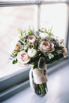 Pink Green Winter Bouquet | photography by http://www.lovemedophotography.com/