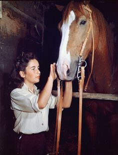 "Elizabeth Taylor and ""The Pie"""