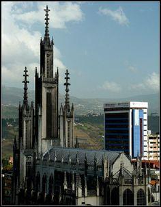 La Iglesia de San José, es un templo católico situado en el centro de la ciudad de San Cristóbal. La construcción comenzó a comienzos de los años 1940.  Venezuela