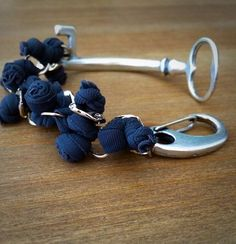 #fattoamano #bracciale #pezziunici #blu