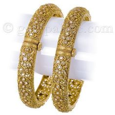 Gold kangan jointed with pearls Gold Kangan, Bare Women, True Colors, Colours, Bangle Bracelets, Bangles, White Bowl, Gold Jewellery, Jewerly