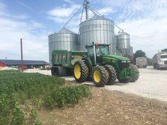 JOhn Deere 8530 Boy Toys, Toys For Boys, Country Farm, Country Life, Crop Farming, John Deere Equipment, John Deere Tractors, Farm Life, Mario
