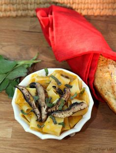 Best pasta ever! Pasta with Creamy Butternut Squash Sauce and Caramelized Mushrooms