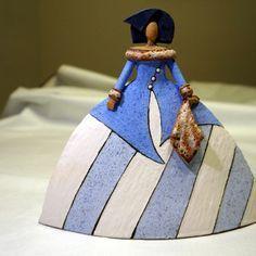 Raku Pottery, Pottery Sculpture, Sculpture Clay, Pottery Art, Sculptures, Ceramic Figures, Ceramic Art, Clay Figurine, Paper Clay