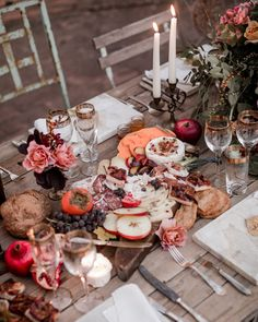 The food can complement your wedding's, or it can be totally different. For example, if you couldn't splurge on an elaborate charcuterie spread for your reception, try one at your smaller rehearsal dinner. Rehearsal Dinner Themes, Rustic Rehearsal Dinners, Wedding Rehearsal, Pre Wedding Party, Wedding Dinner, Dream Wedding, Diy Wedding, Wedding Flowers, Fall Wedding