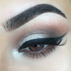 neutral smokey eye with silver, black winged liner | makeup @briciaemilyn