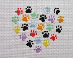 Animal paw cross stitch pattern, modern dog and cat design, cross stitch heart, simple embroidery . Embroidery Hearts, Simple Embroidery, Hand Embroidery Designs, Cross Stitch Embroidery, Embroidery Patterns, Etsy Embroidery, Cross Stitch Heart, Cross Stitch Animals, Broderie Simple